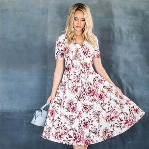 Jessa Kae Cecily Midi Dress